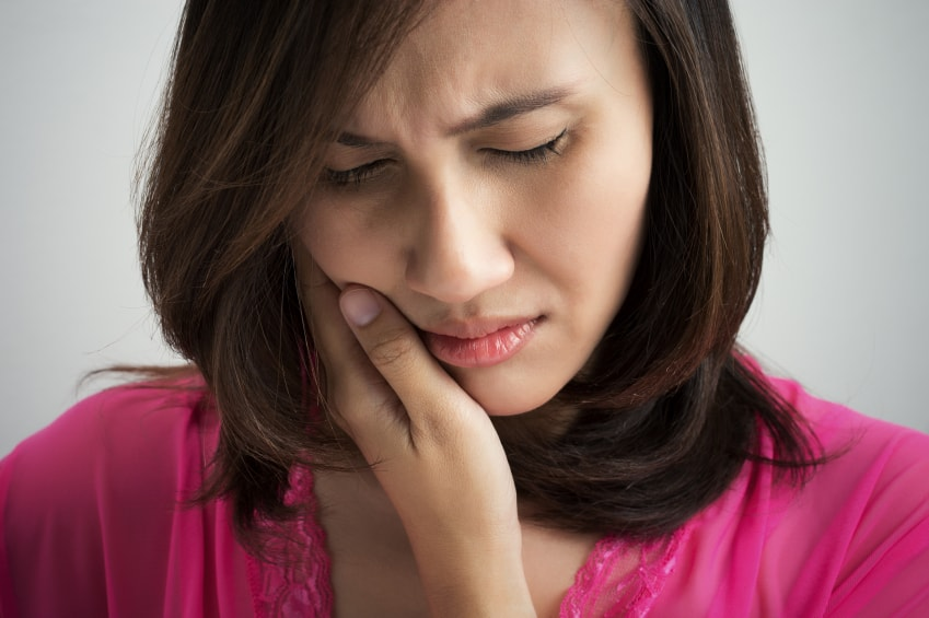 Reasons Your Teeth May Hurt When You Get Up In the Morning